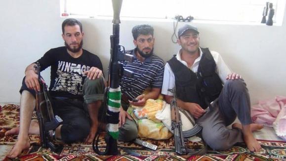 """چند تن از اعضای """"ارتش آزاد سوریه"""""""