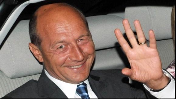 باسسکو رئیس جمهوری رومانی میماند