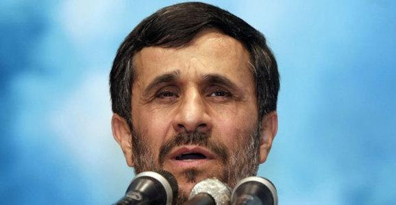احمدینژاد برای زیارت قبرستان بقیع وارد مدینه شد