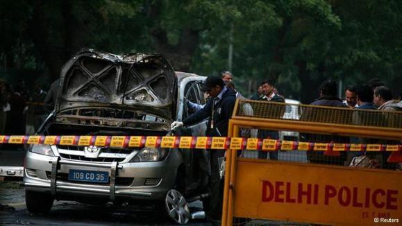 کارآگاهان هندی حادثه تروریستی دهلی را در تهران تعقیب میکنند