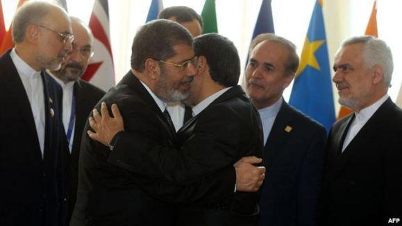 مصر: مرسی و احمدینژاد درباره ارتقای روابط دوجانبه گفتوگو نکردند
