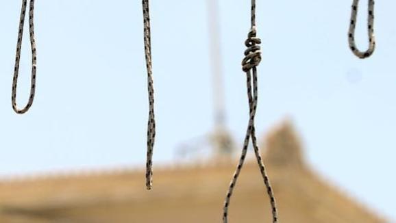 به دار آویختن دو برادر در زندان مخوف رجايی شهر کرج