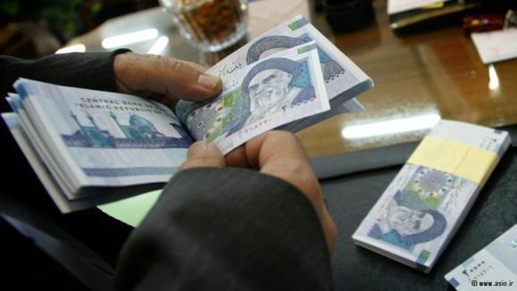 بازار آشفته ارز؛ وعده بانک مرکزی و ضربالاجل مجلس