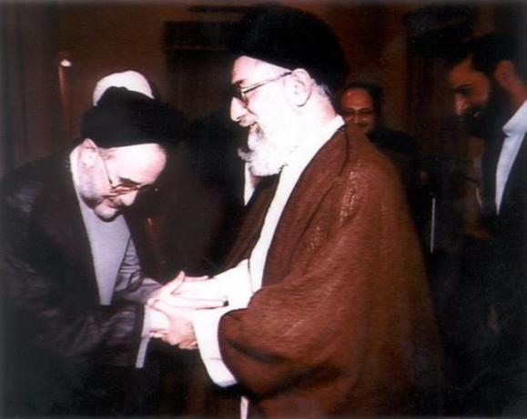 وبلاگ؛ چرا محمد خاتمی یک موجود مفلوک هست؟