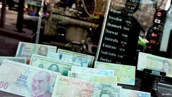 بانک مرکزی در تعیین بهای ارز تسلیم بازار آزاد میشود