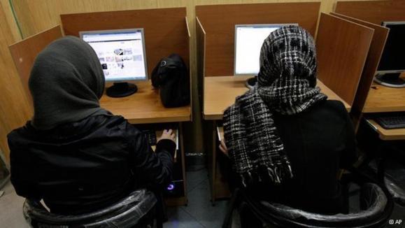"""""""گزارشگران بدون مرز"""" نگران قطع دسترسی ایرانیان به اینترنت"""