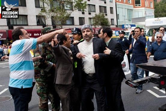 سخنگوی وزارت خارجه ايران درنزديکی ساختمان سازمان ملل مورد تعرض قرار گرفت