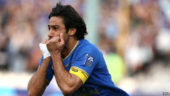فرهاد مجیدی از فوتبال خداحافظی کرد