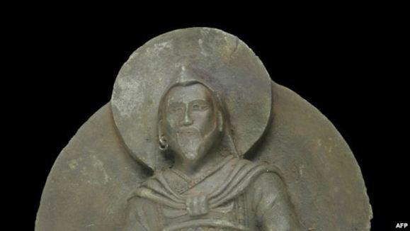 «مرد آهنین»، مجسمه ای هزار ساله از جنس فرا زمینی