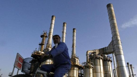پایینترین میزان تولید نفت ایران در دو دهه گذشته