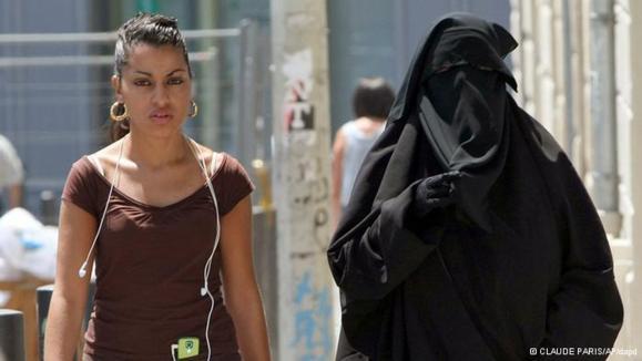 بالا گرفتن مناقشه بر سر حجاب در مصر