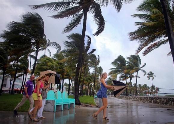 توفان سهمگین سندی سواحل شرقی آمریکا را درنوردید