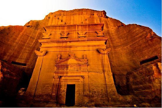 چهرهای پنهان و نادیده از هنر عربستان سعودی