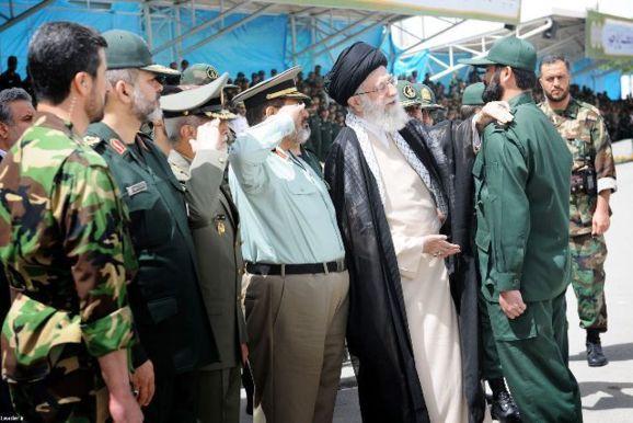 تصویب تحریمهای جدید علیه ایران در سنای آمریکا
