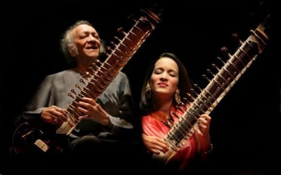 راوی شانکار نوازنده و آهنگساز بزرگ هندی درگذشت