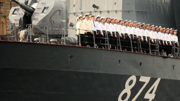 سقوط نزدیک بشار اسد؛اعزام کشتی های جنگی روسیه به مدیترانه