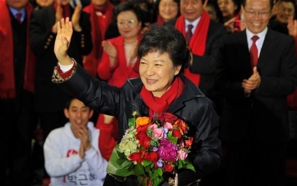 دختر سابق دیکتاتور کره جنوبی ؛پیروز انتخابات ریاست جمهوری آن کشور شد