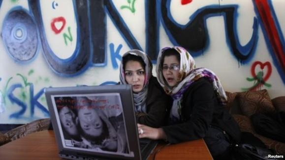 از سکس تا صلح؛ در جستجوی اینترنتی افغان ها