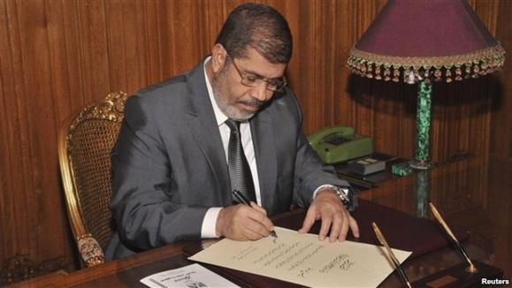 مرسی: مرحله انتقالی پس از نظام مبارک در مصر به پایان رسید