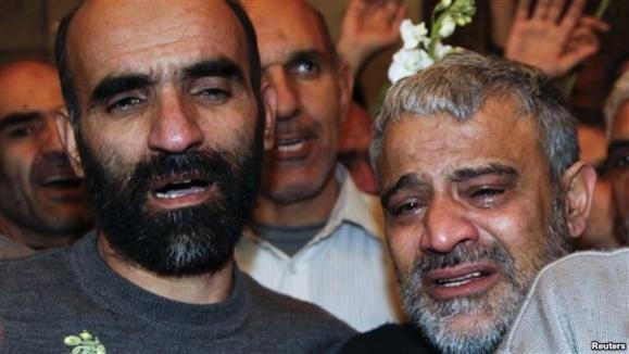 ماموران امنیتی ایرانی آزاد شده در سوریه ، یک معاوضه و برملا شدن چهار دروغ