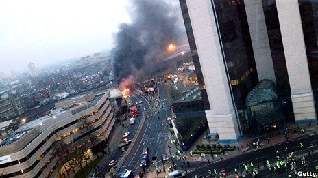 دو کشته در سقوط یک هلیکوپتر در لندن
