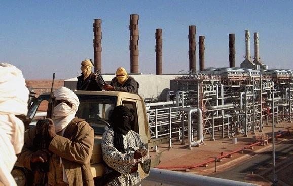 ارتش الجزایر، تاسیسات گاز شهر 'ان امناس' را محاصره کرد