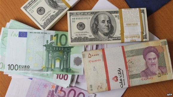 دومین روز افزایش قیمت ارز در ایران؛ دلار از مرز ۳۵۰۰ تومان گذشت