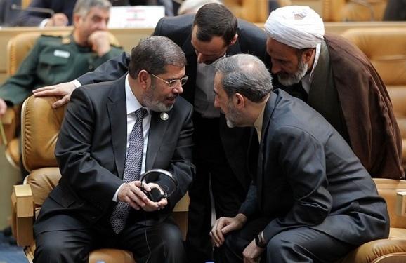 به رغم بیمحلیهای مُرسی، احمدینژاد تمنای دیدار از قاهره را دارد