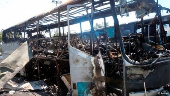 در حمله تروریستی به اتوبوس گردشگران اسرائیل در بلغارستان ۶ نفر کشته و بیش از ۳۰ نفر مجروح شدند
