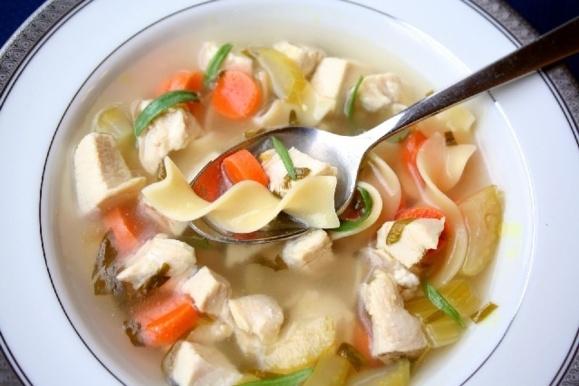 سوپ جوجه؛ درمان سرماخوردگی و آنفولانزا