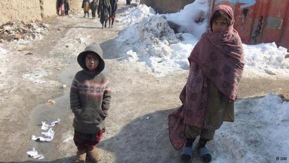 وضعیت طاقتفرسای آوارگان افغان در سرمای زمستان