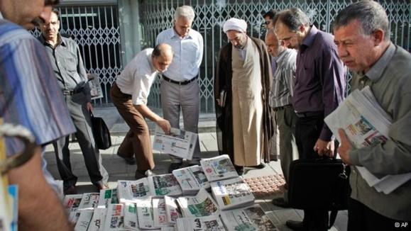اتهامات تازه وزارت اطلاعات علیه روزنامهنگاران و رسانهها