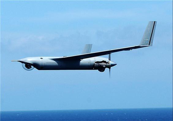 اخبار ضد و نقیض از در اختیار گرفتن یک هواپیمای بدون سرنشین توسط سپاه