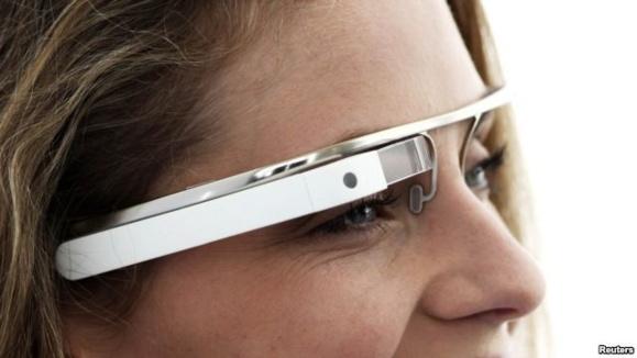 آزمایشهای تازه «عينک گوگل»؛ انقلاب ديجيتال يا مسخ کاربران؟
