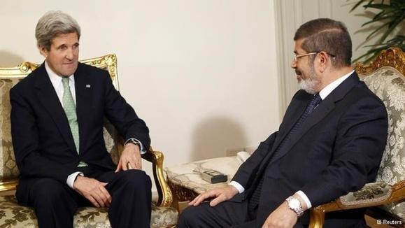 جان کری از دولت مصر خواست با اپوزیسیون گفتوگو کند