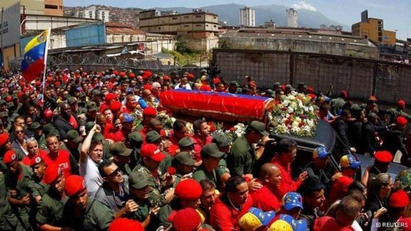 سوگواری طرفداران چاوز در ونزوئلا