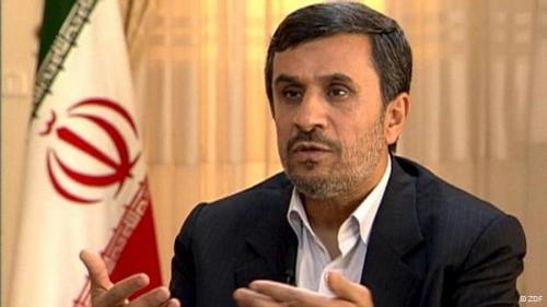 """رجانیور، حامی سابق احمدی نژاد : """"جزئيات تکان دهنده از ميتينگ ورزشگاه آزادي جریان انحرافی"""""""