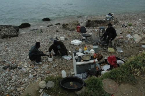 پناهندگی در یونان: رویای آوارهای با کتاب سارتر