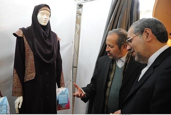 معاون استاندار کهگیلویه و بویراحمد: رعایت حجاب برای مردان نیز ضروری است / نباید زن و مرد به عنوان همکار در یک اتاق قرار گیرند