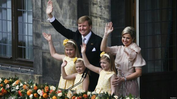 ویلم الکساندر بر تخت پادشاهی هلند نشست+مجموعه عکس