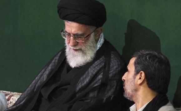 """""""کیفرخواست علیه خامنهای و احمدینژاد"""" در روز جهانی آزادی مطبوعات"""
