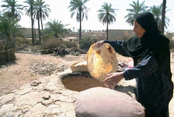 نفت سر سفره مردم نیامد، یارانه نان قطع شد