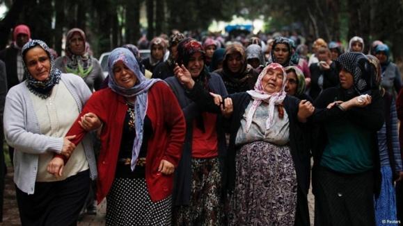 اوباما و اردوغان: راهحل بحران سوریه رفتن اسد است
