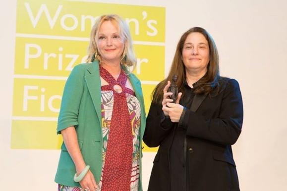 ای ام هومز نویسنده امریکائی برنده جایزه ادبیات زنان ۲۰۱۳ شد