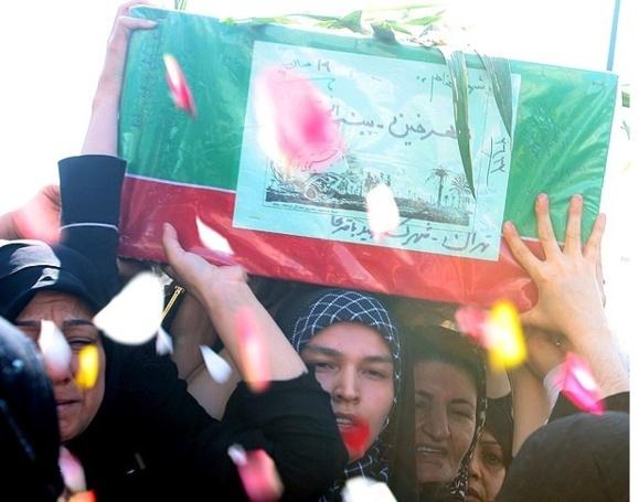 تشییع جنازه و خاکسپاری یک سپاهی ایرانی کشته شده در سوریه