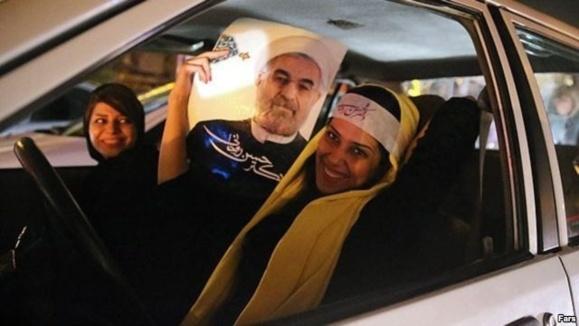 حسن روحانی رئیس جهور احتمالی ایران پیشتاز انتخابات است