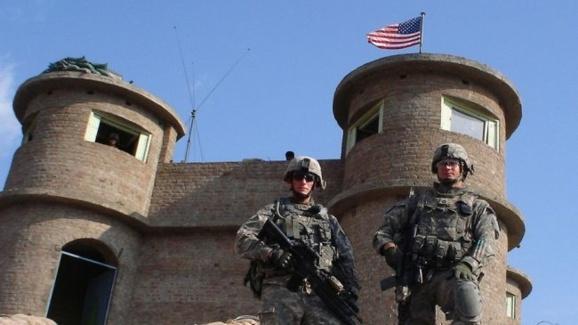 چهار نظامی آمریکایی در حمله به پایگاه بگرام کشته شدند