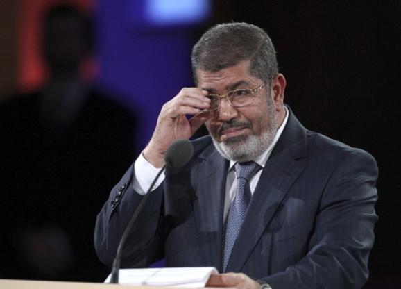 رئیس جمهوری مصر وعده داد مخالفان را در اصلاح قانون اساسی مشارکت دهد