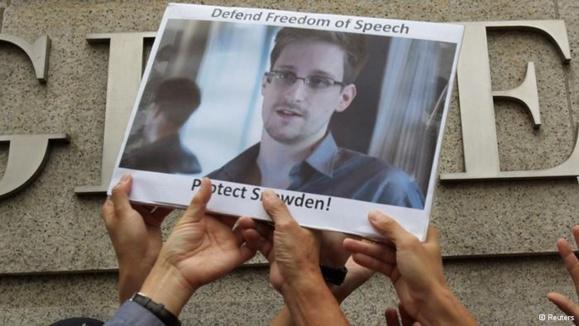 ویکیلیکس: اسنودن از ۲۱ کشور درخواست پناهندگی کرده است