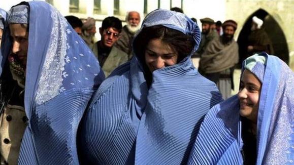 آزار و اذیت زنان و دختران در شهر پلخمری افغانستان بیشتر شده است